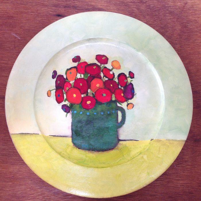 assiete fleurs rouges